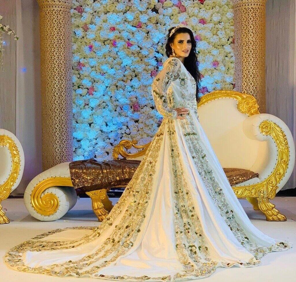 Hire Stani Wedding Dresses Uk