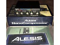 Alesis NanoCompressor. Vintage digital effects processor