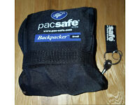 Small/Medium Size PackSafe including Padlock & Key