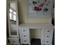 New white dressing table with standing mirror