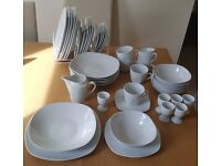50 Piece Square Aspen Porcelain Dinner Set - White