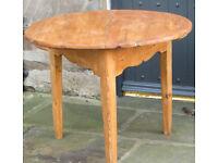 Lovely unique circular antique pine table