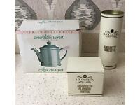 COFFEE/TEA POT IN THE ORIGINAL BOX ALSO SEALED BOX BOX + BISCUITS BOX INCLUDED.