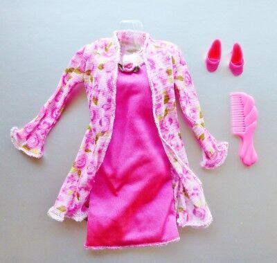 Barbie Fashion Avenue Bathtime Chat Nightgown Lingerie 2000 Set Charm Styles