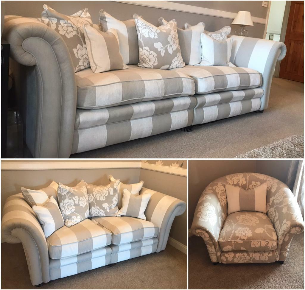 Delicieux Beautiful DFS 3 Piece Suite / Sofa. Grey U0026 Oyster Stripe 🐚 ONO
