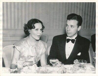 MARY BRIAN DICK POWELL Original CANDID Troscadero Club Vintage 1935 Press Photo