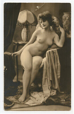 1920s Nude French RPPC Real Photo Postcard PRETTY LADY Deco Shapely Great Figure