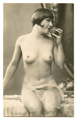 1920s French Nude FLAPPER w/ APPLE Deco Lady Adam and Eve Beauty photo postcard