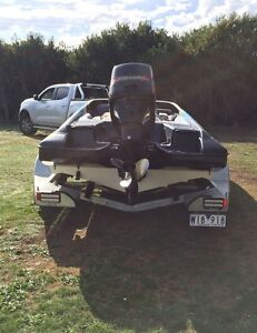 Salem ski boat 620e Yanakie South Gippsland Preview
