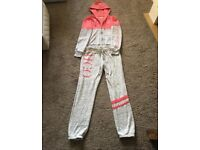 Hollister Jogging Suit Brand New Size Small Wellcome To View Any Questions Please Ask