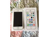 iPhone 5S Unlocked silver Excellent condition