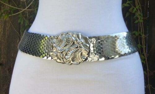 Vtg Wide Silver-Tone Metal Stretch Fish Scale Belt w/Floral Buckle