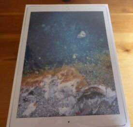 "APPLE IPAD PRO WI-FI 12.9"" 64 GB/4G UNLOCKED SILVER NEW IN BOX APPLE GUARANTEE £700 ONO"