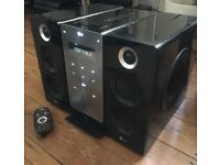 LG 3-Way Stereo system, Line In, CD Player, USB. Hi-Fi, Line-In, USB Recording
