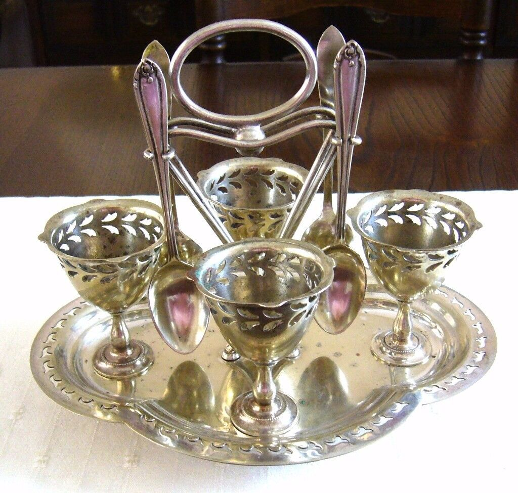 BIRMINGHAM HANDICRAFTS LTD VICTORIAN SILVER PLATED EGG CUPS & SPOONS ON STAND