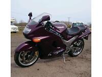Kawasaki zzr 1100, zzr1100. 1997. 33k miles new tyres