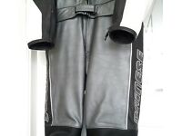DAINESE 2 PIECE LEATHERS SIZE