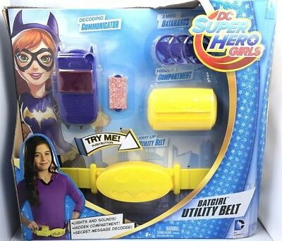 DC Super Hero Girls Bat-girl Utility Belt Accessory Boxed Set!](Bat Girl Belt)