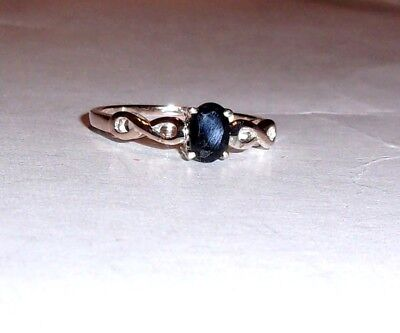 BLUE SAPPHIRE OVAL SOLITAIRE RING, 925 STERLING SILVER, SIZE 7, 0.65(TCW) 1.70GR
