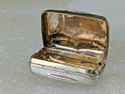 Solid silver vinaigrette 1834 William IV gold interior by William Simpson