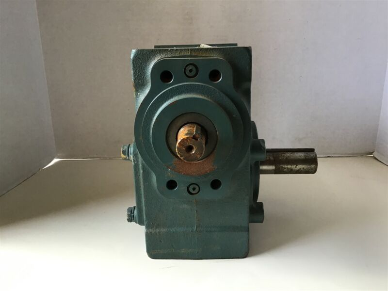 Dodge 26S18R 18:1 Ratio Right Angle Gear Reducer 3.05 Input HP