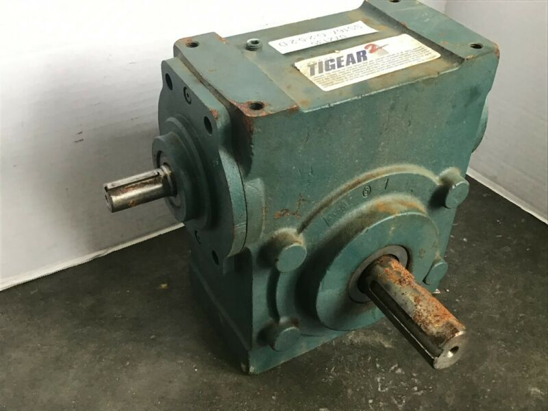 Dodge 35S15R 15:1 Ratio Right Angle Gear Reducer 7.44 Input HP