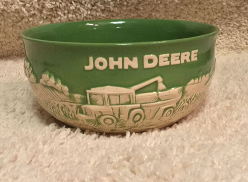 JOHN DEERE Collection Large Stoneware Bowl - New in Box