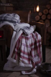 Catherine Lansfield Home Kelso Sherpa Throw (150x200cm) - Red