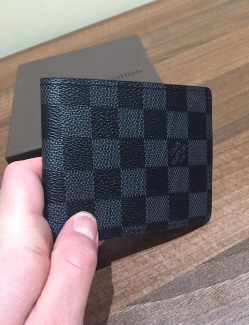 2a436fe37574 LV wallet for men and women