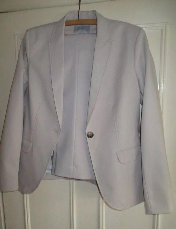 H&M beige women trouser suit unworn size 8-10
