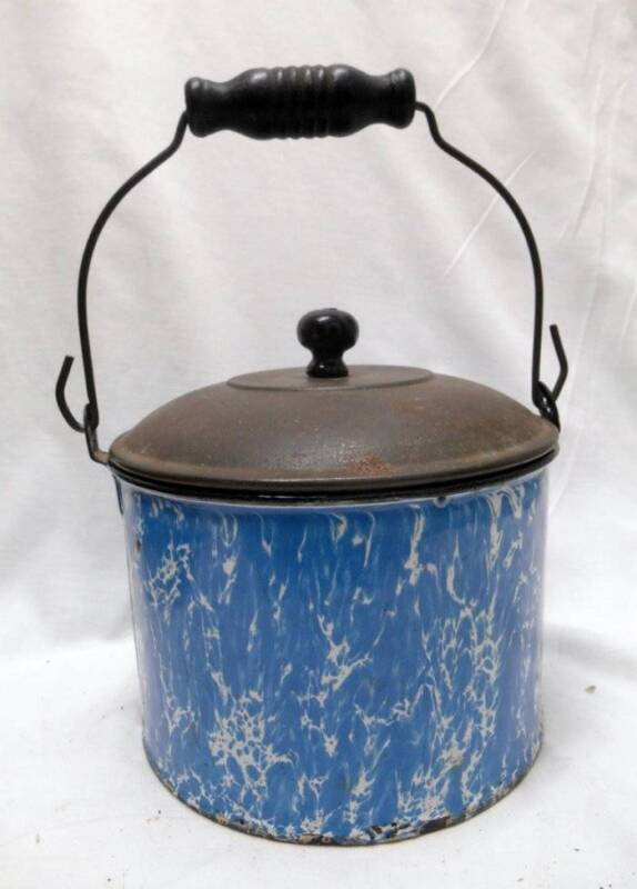 Antique BLUE and WHITE Swirl Graniteware Enamelware BERRY BUCKET w LID