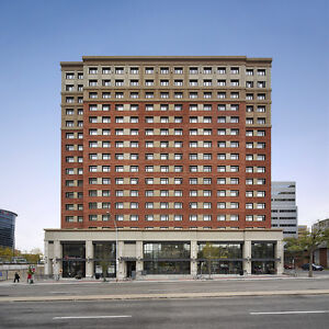 Bachelor Apt Downtown Edmonton at Jasper & 109 St Near LRT!