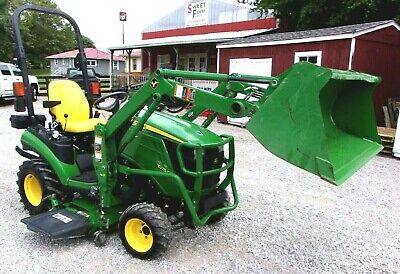 2014 John Deere 1025r With 54 Mower Deck Loader  --shipping 1.85 Mile.