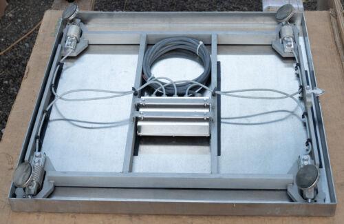 Sartorius CAPS4U-1000HH-LU w/ GSE Scale Systems Model 465 controller