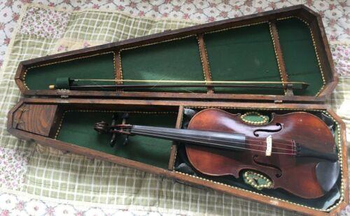 Antique Violin & beautiful Case Copy of Antonius Stradivarius Made In Germany4/4
