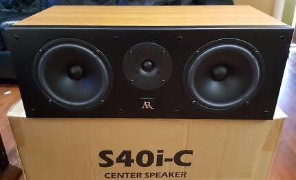 center speaker Acoustic Research S40i-C Centre Speaker AS NEW