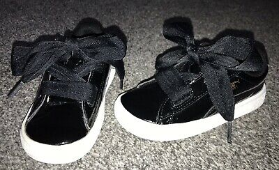 Girls Puma Basket Heart Trainers UK Size 5, Eur Size 25