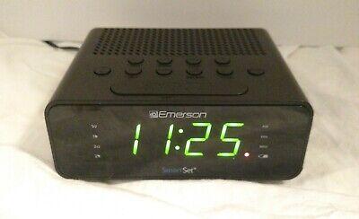 Emerson SmartSet AM/FM Alarm Clock Radio Model CKS1800 Black LED Dimmer Tested