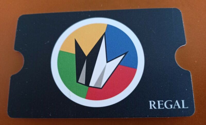 REGAL Movie Theater Gift Card, Die Cut, Logo, Collectible, Mint, PVC, 2018