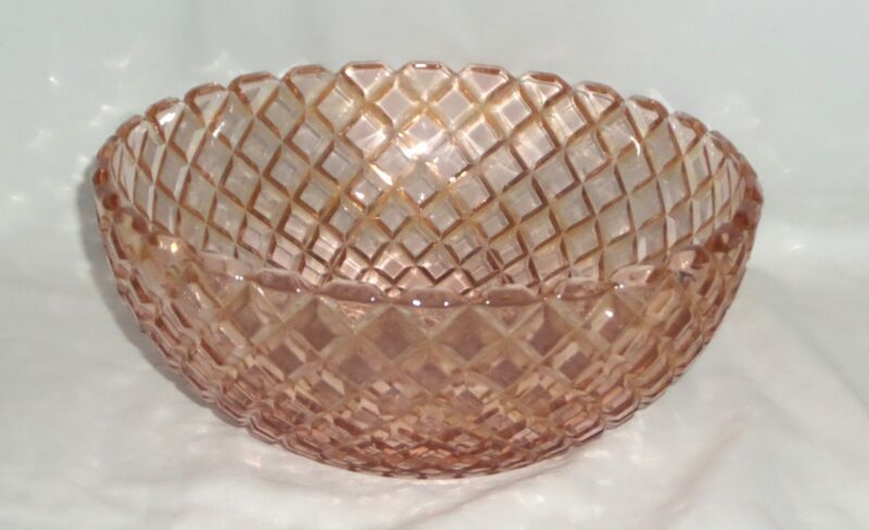 "Anchor Hocking WATERFORD/WAFFLE PINK *8"" LARGE BERRY BOWL*"