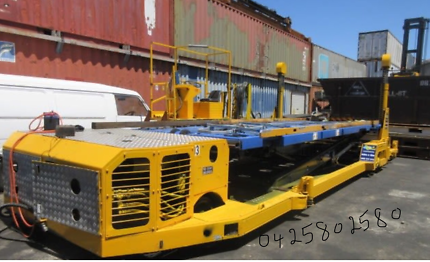 Aircraft  Pallet loader