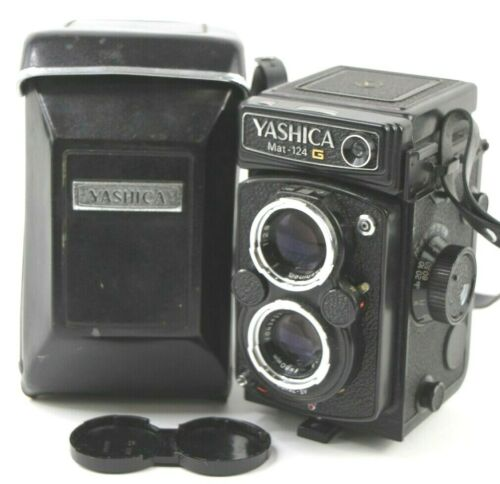 Yashica Mat-124G Medium Format TLR Film Camera w/ Case S/N 1021794