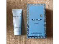 Marc Jacobs Daisy Dream Perfume 100ml and Luminous Body Lotion 75ml