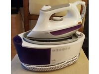 EGL Steam Station Iron VGC