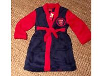Boys Arsenal fluffy dressing gown. Ages 2-3. Brand new with tags