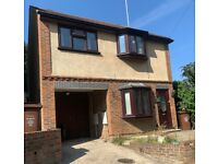 3 Bedroom Detached house to rent in Gillingham, with an integral garage and garden.