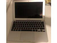 MacBook Air 2011 11inch 256 SSD HDD 4GB Ram