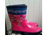 *****NEW***** Johny Lewis wellies size 5