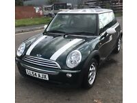 Mini Cooper 1.6litre, really nice clean car very low on mileage and only had 1 previous owner,
