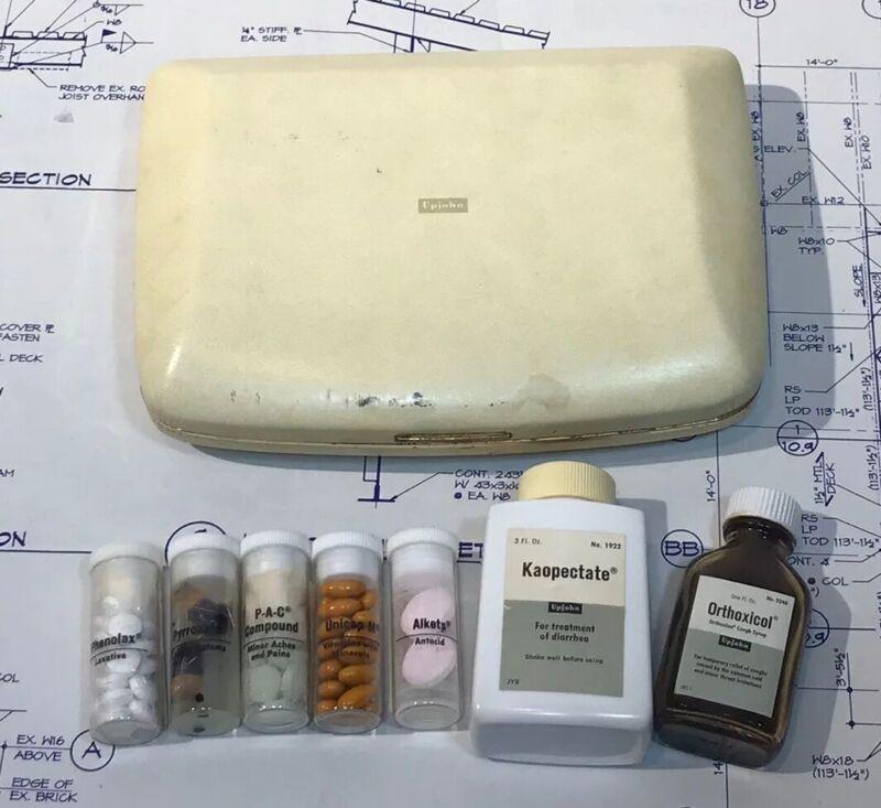 The Upjohn Company Doctor sample medicine saleman case -RARE-